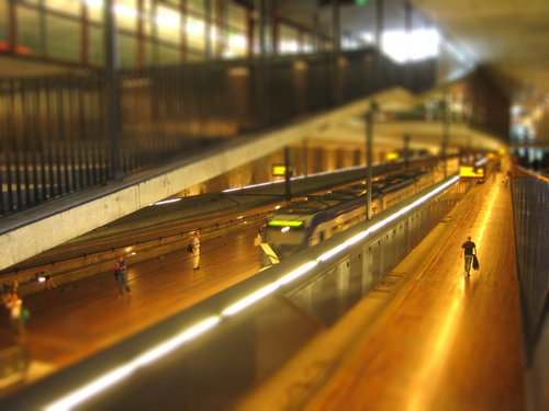 subway-tiltshift